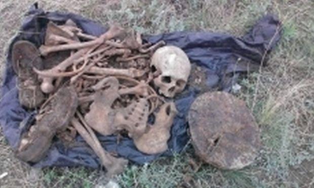 Десантники перезахоронили останки неизвестного солдата