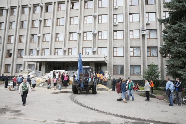 В Славянске начали раздавать пенсии / УНИАН