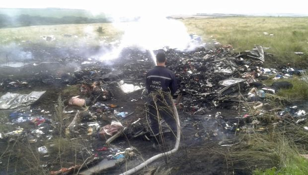 Plane Crash Photos Bodies Reuters