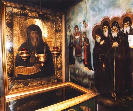 Гробница преподобного Антония в Ближних пещерах лавры
