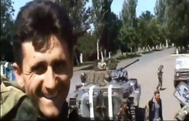 Сербский наемник на стороне террористов / Принтскрин из видео