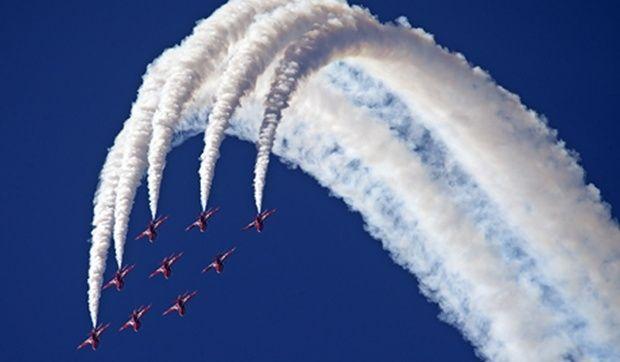 Гордость британских ВВС – пилотажная группа RAF Red Arrows / Фото Олег Беляков