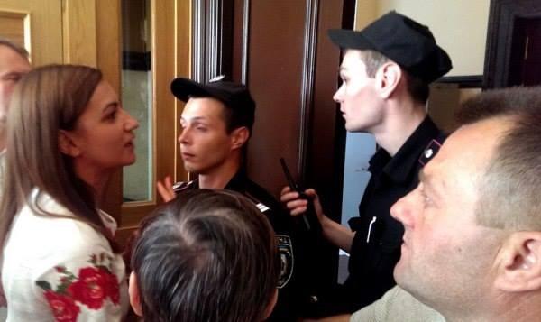 В КМДА передумали пускати громадян у мерію / Наталя Соколенко