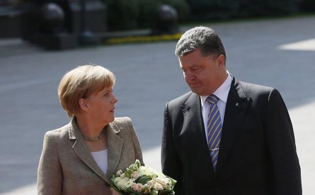 Порошенко и Меркель снова говорили о Донбассе и газе