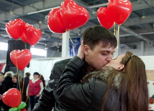 любовь поцелуй / Фото: УНІАН