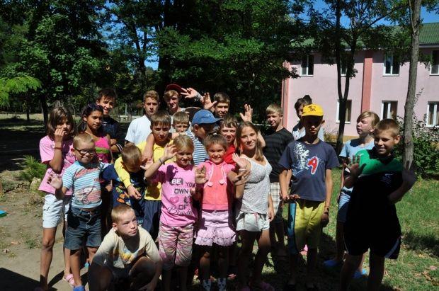 Оздоровление детей в летних центрах проходит в рамках программы Гуманитарного штаба