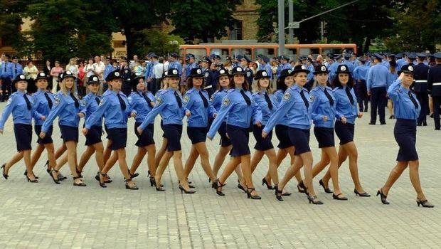 Міжнародні експерти радять залучати до правоохоронних органів більше жінок
