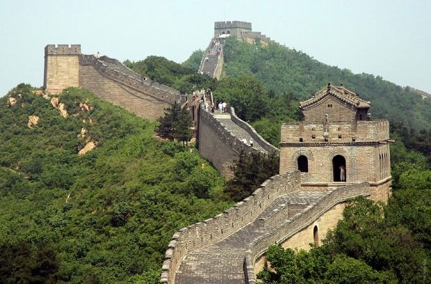 Китайская стена должна біла защитить от кочевников / dostoyanieplaneti.ru