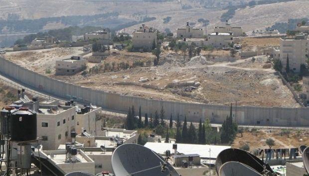 Стена на границе с Ливаном / nnm.me