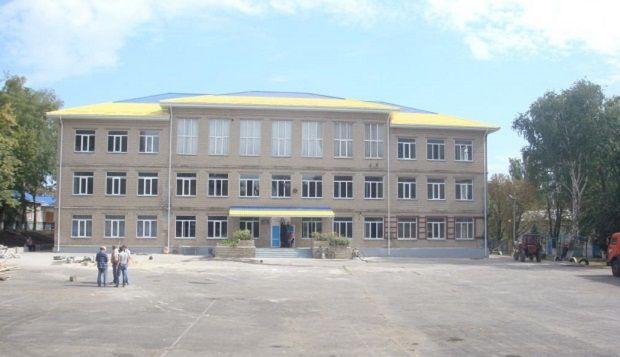 Восстановительные работы школы-интерната №1 Славянска