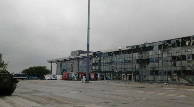 Возле аэропорта Донецка погибли бойцы 93-й бригады / фото Вячеслав Гуменный, Facebook