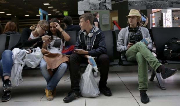 В Украине вводится выдача загранпаспортов детям / фото УНИАН