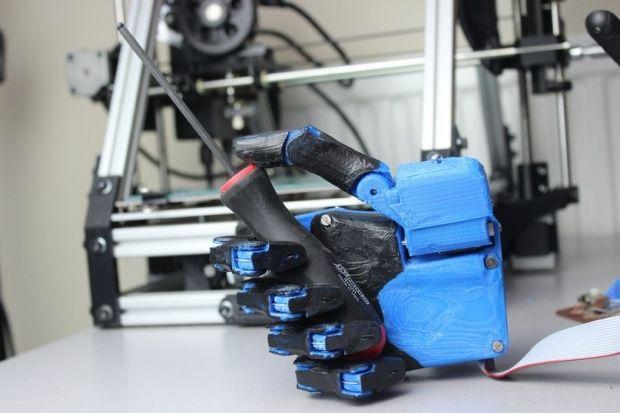 Волонтеры разрабатывают роборуку для пострадавших воинов АТО / Сегодня