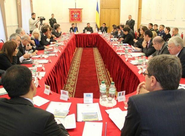 Гелетей зустрывся з ОБСЄ / Міноборони України