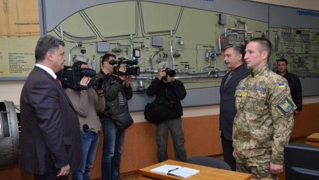 Порошенко обещает восстановить ВВС