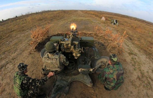Военные продолжают уничтожать огневые точки боевиков / Фото пресс-службы Минобороны