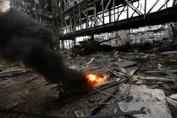 З іскри надії аеропорт Донецька перетворився на випалений каркас