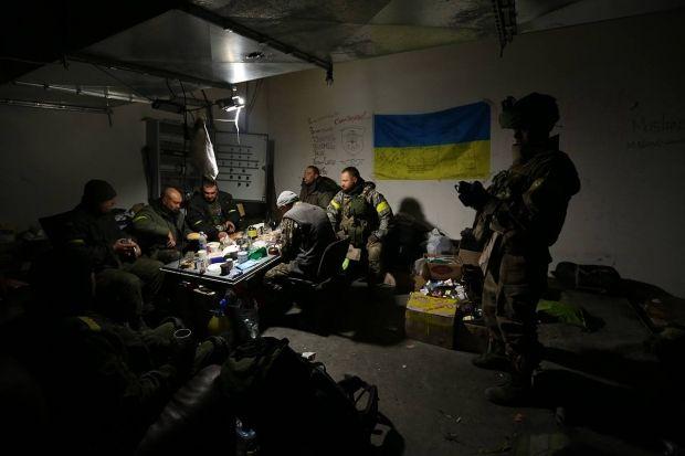 Украинские десантники в Донецком Аэропорту. / facebook.com/sergei.loiko