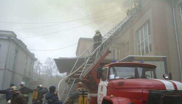 В Херсоне горит кондитерская фабрика / mns.gov.ua