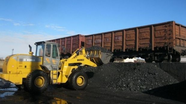 The fighting in the east of Ukraine has hit coal production / Photo from Ukrainian Railways