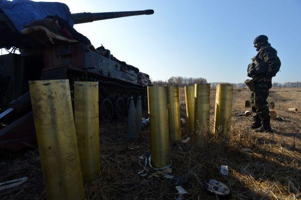 Ответным огнем артиллерии были подавлены огенвые точки боевиков / Александр Клименко,