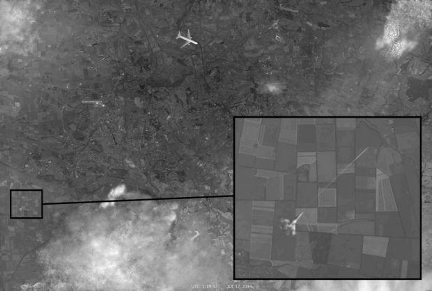 """1416041455-4475-fotoshop Российские блогеры опровергли безумный фейк Кремля про сбитый истребителем """"Боинг"""""""