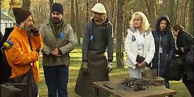 В Киеве выковали самый маленький трезубец