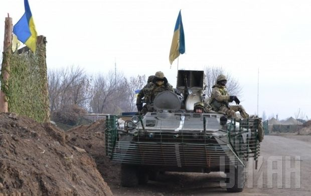 Polls indicate more Ukrainians was the country to regain the Donbas by force / Photo by UNIAN