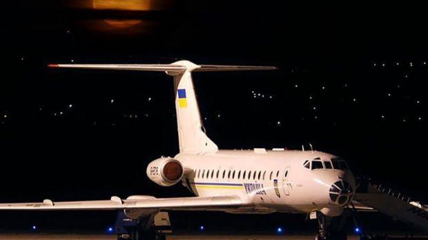 Києвом провезуть величезний літак / hmarochos.kiev.ua