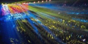 """Мінська міліція на концерті """"Океану Ельзи"""" виривала у глядачів українські прапори (відео)"""