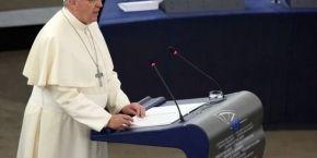 Папа Римский в Европарламенте призывал институты ЕС сотрудничать чтобы возродить приоритет человеческих ценностей