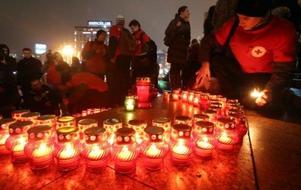В Одессе зажгли 500 лампадок