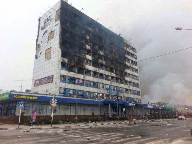 В Грозном сгорели несколько зданий