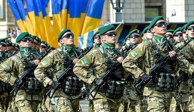На армію буде йти 5,2% від ВВП / Twitter Порошенко