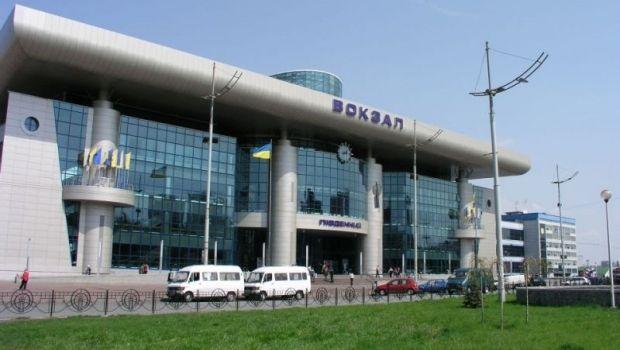 В Киеве задержали мужчину, который устроил взрыв на вокзале