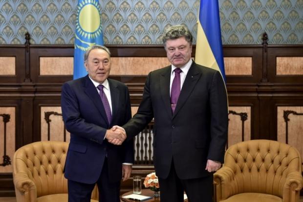 В Астане началась встреча Порошенко с Назарбаевым