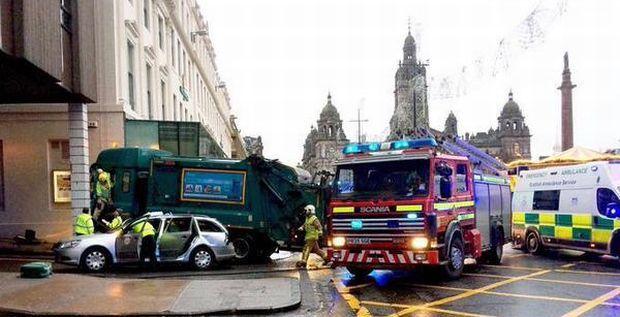 В результате аварии ранены десятки людей, 6 - погибли / @mwilliamsthomas