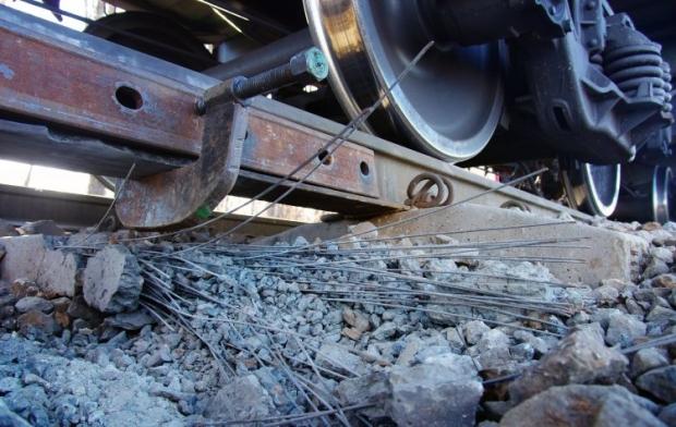 Взрів на железніх путях квалифицировали как теракт / фото УНИАН