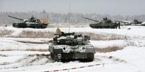 Російські військові на Донбасі і їхня техніка повністю знеособлені — Полторак