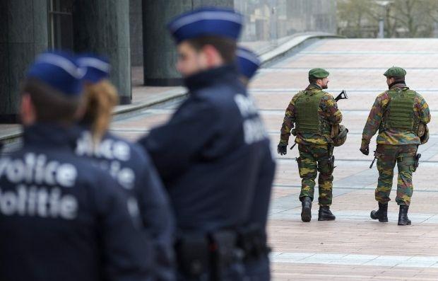 В Брюсселе из-за терактов в Париже проводят обыски, есть арестованный