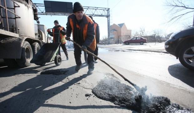 Украинцам раскроют тайну ремонта дорог