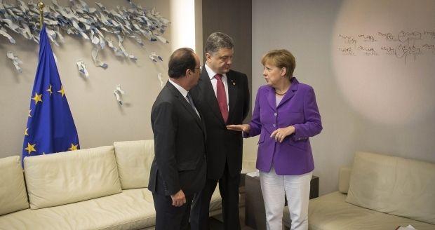 порошенко меркель оланд / REUTERS
