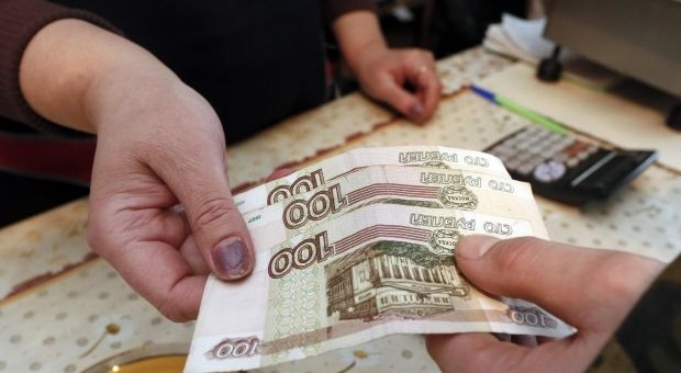 Зависимость российского рубля от нефти достигла 90%