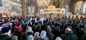Заупокойная молитва о жертвах Майдана и АТО – наш призыв остановить кровопролитие (репортаж из Киевской лавры)