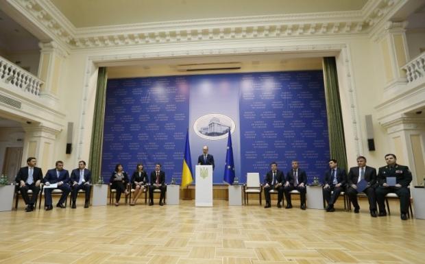 Яценюк призвал инвестировать в украинскую ГТС / Фото УНИАН