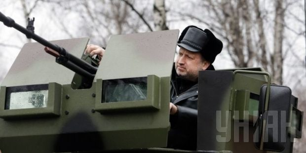 Turchynov calls to beef up Ukraine's army / Photo from UNIAN