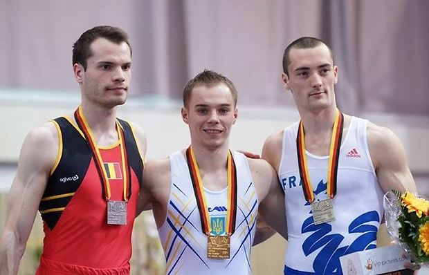 Олег Верняев (в центре) дважды поднимался на верхнюю ступень пьедестала почета в Коттбусе / turnier-der-meister.de