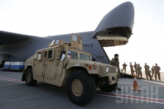 U.S. Humvees have arrived in Ukraine/ Photo from UNIAN