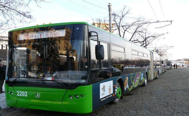 Серед найбільш частих зауважень до міської транспортної інфраструктури в кожному місті – дефіцит парковок / atn.ua