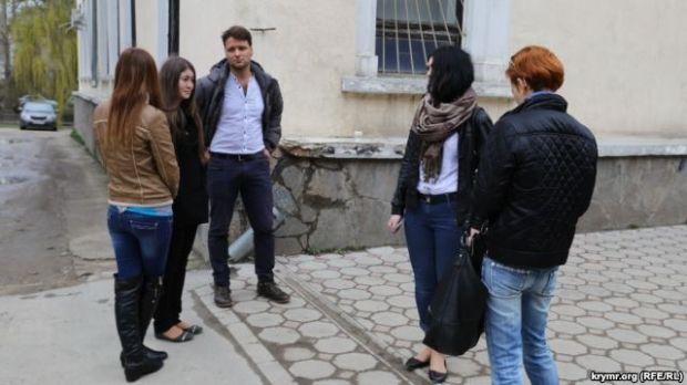 Группу студентов задержали за съемку вдеоролика